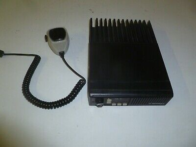 Motorola Maxtrac 29.7-36 Mhz Low Band Two Way Radio W Mic D51mja97a3ak Gd391