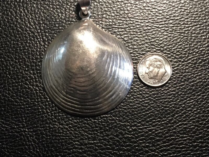 Large Sterling Silver Clam Shell Large And Ready To Wear 17 Grams