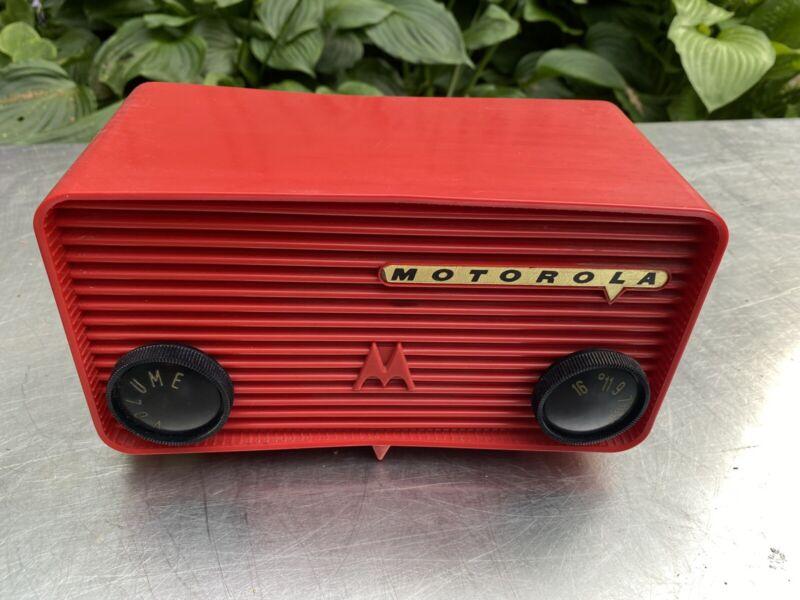 Vtg Motorola Red Radio Stereo 57a Bakelite Tube Working