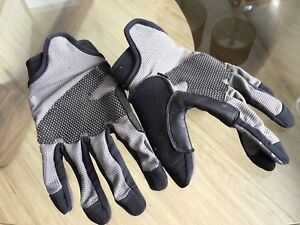 Men's XL Cycling Gloves. NEW