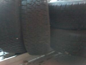 4 x 195 R65/15 inch snow tires and rims London Ontario image 1