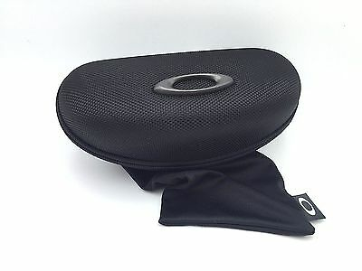 NEW Oakley Vault Sunglass Hard Case Black LARGE with Carrying Pouch *Authentic**
