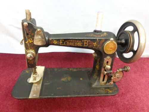 WORKING Vintage National Eldredge B Shuttle Treadle Sewing Machine Accessories