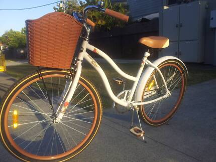 Southern Star Ladies Bike in Near New Condition