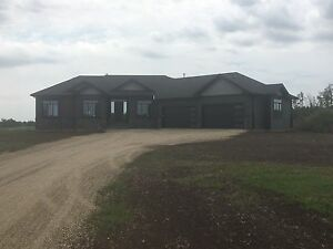 SPRUCE GROVE NEW ACREAGE BUNGALOW FOR SALE