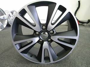 Jeep Grand Cherokee Genuine Alloy Wheels Brand New Kippa-ring Redcliffe Area Preview