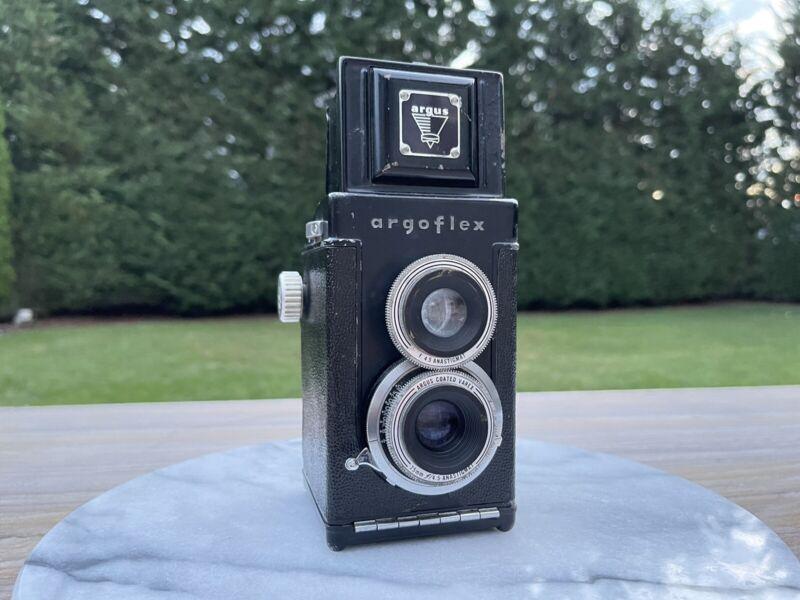 Vintage Argus Argoflex TLR Model EF Camera