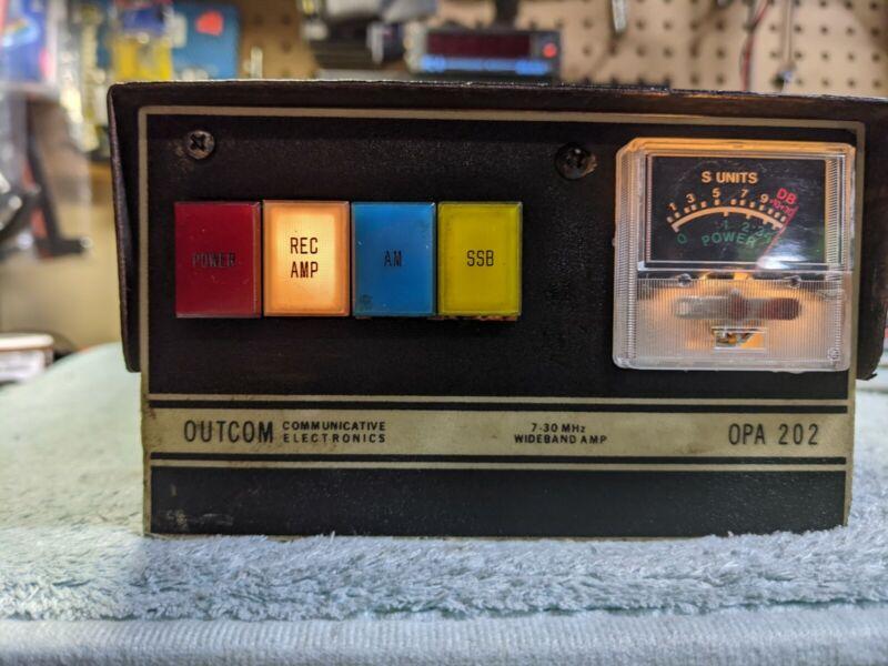 Outcome Electronics- 200 Watt Mobile Bi-Linear Amplifier. Read Description Below