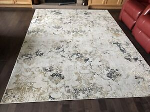 New Patterned Art Nouveau Rug. 6.5 ft x 9 ft. Made in Turkey