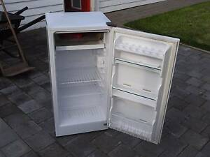 Sanyo fridge Winchelsea Surf Coast Preview