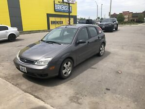 2006 Ford Focus ZX5 Low KMs