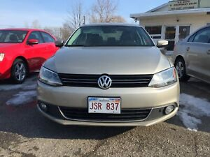2013 Volkswagen Jetta TDI REDUCED from $9,200 to $8,500 good MVI