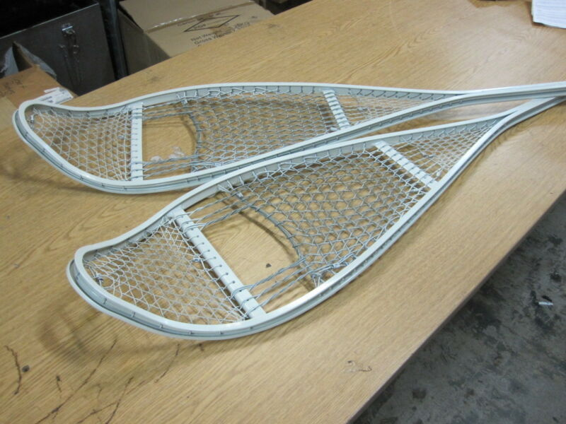 NEW GENUINE ISSUE MILITARY SNOW SHOES WITHOUT BINDINGS SNOW SHOE ONLY!