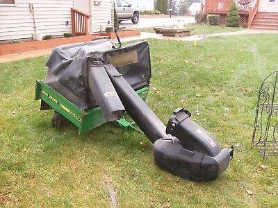 John Deere power flow collection system - Leaf Vac- Grass Vacuum - Trac Vac