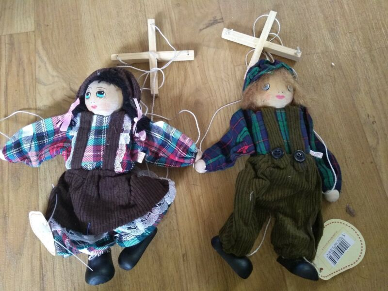 2+x+DISCOVERIES+Retro+boy+%26+girl+wooden+Puppets+on+a+String+-+new+20cm+approx