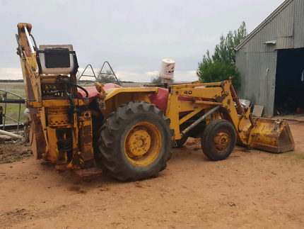 MF 40 BACKHOE LOADER Snowtown Wakefield Area Preview
