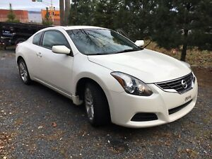 11 Nissan Altima Coupe 2.5Z (w winter tires)