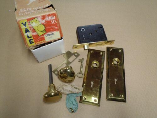 NOS Vintage YALE Mortise Inside Set with Skeleton Key in Brass ~ CU8021