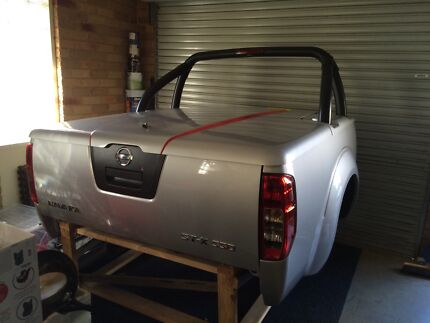 Nissan navara d40 tub hard lid  Berwick Casey Area Preview