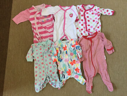 Girls Newborn Clothing Bundle - Size 0000