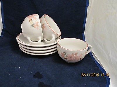 BOOTS HEDGE ROSE CUPS AND SAUCERS X 3