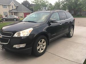2009 Chevy Traverse-2LT, Loaded