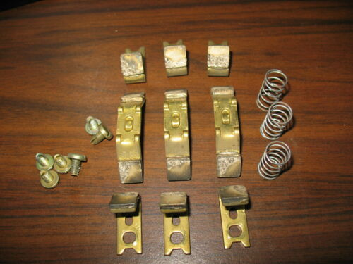 GE CR106D0 Three Pole Size 2 Contact Kit