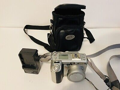 Canon PowerShot G6 Digital 7.1MP Camera w/ 4x Zoom w/charger & case