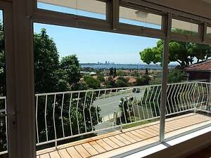 MELVILLE UNIT WITH GREAT VIEWS East Fremantle Fremantle Area Preview