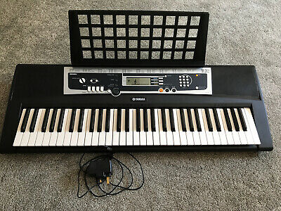 Yamaha Ypt-210 Keyboard, Perfect For Beginners. Excellent Condition.