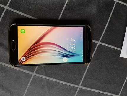 Samsung galaxy s6 phone.UNLOCKED to any network.