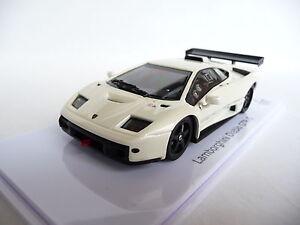 Kyosho-1-43-Lamborghini-Diablo-GTR-S-Pearl-White-KY03215PW