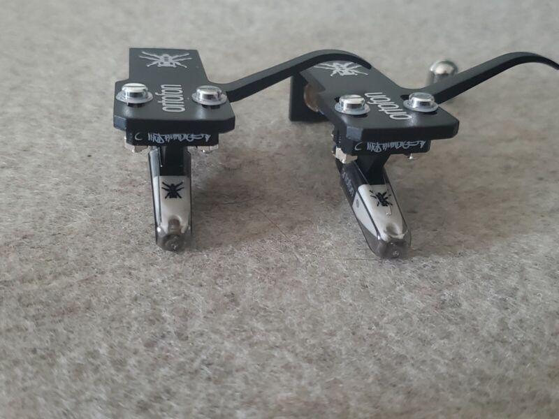 2 Ortofon Q.Bert Pre Mounted Cartridges on SH-4 Black Headshells