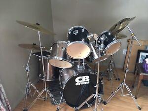 Acoustic 12 Piece Drum  Kit