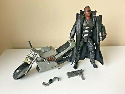 Marvel Legends Toybiz Series V Blade Action Figure (H)