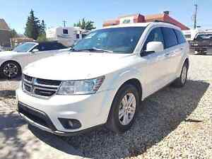 * * 2012 DODGE JOURNEY SXT * * 6 MONTH WARRANTY INCLUDED * *