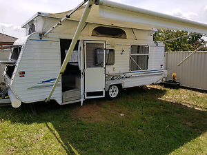 17 foot pop top caravan Westdale Tamworth City Preview