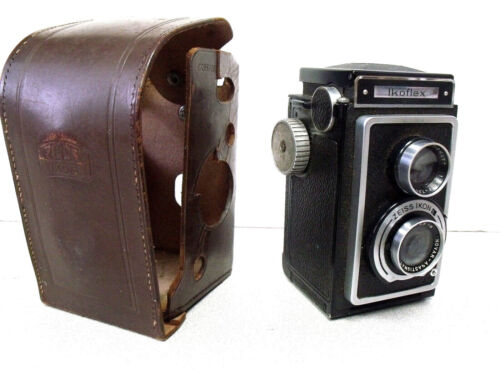 Vintage Ikoflex Box Camera w/ Leather Case