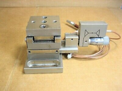 Newport 461 2 Each For X-y Stage With Physik Instrumente Type P-85 Positioner
