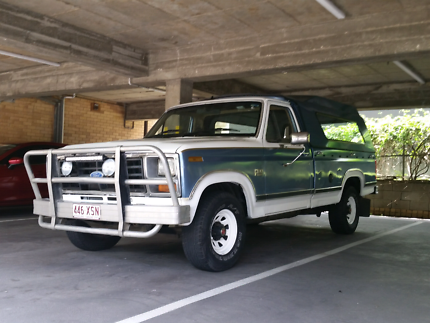 1984 Ford F-100 LWB Cab/Canopy combined