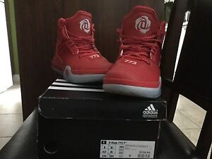 Souliers Adidas D Rose 773 IV Rouge (Pointures 6.5 & 9)