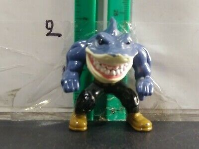 Hot Wheels Crash And Smash Street Sharks Figure