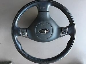 Subaru Legacy 05/09 steering wheel