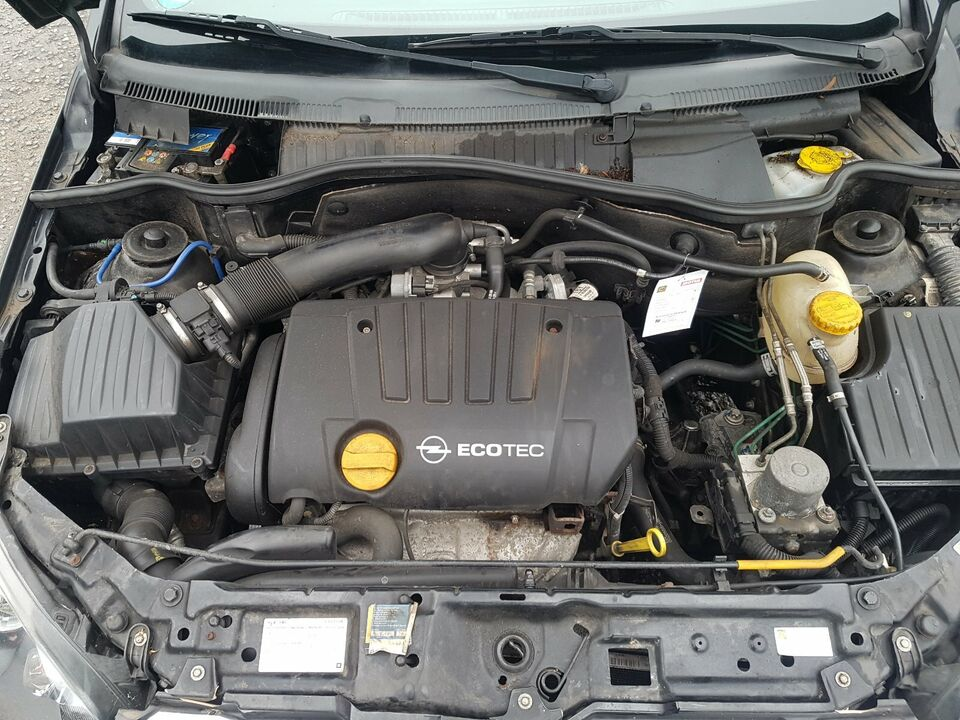 Schlachtfest Opel Tigra schwarz Z20R Motor Z18XE GetriebeF17 3.74 in Gronau (Westfalen)