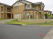 VARSITY LAKES Townhouse Double Storey Modern Two Unit Site Clear Island Waters Gold Coast City Preview