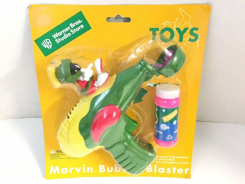 RARE Marvin the martian bubble blaster ray gun 1998 new original package