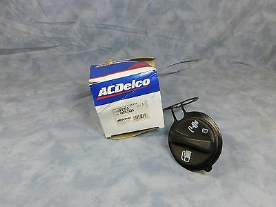 New OEM Black Fuel Tank Gas Cap ACDelco GT225 for 1997-2000 GM Pickup Trucks
