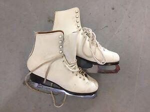 Size 8 figure skates