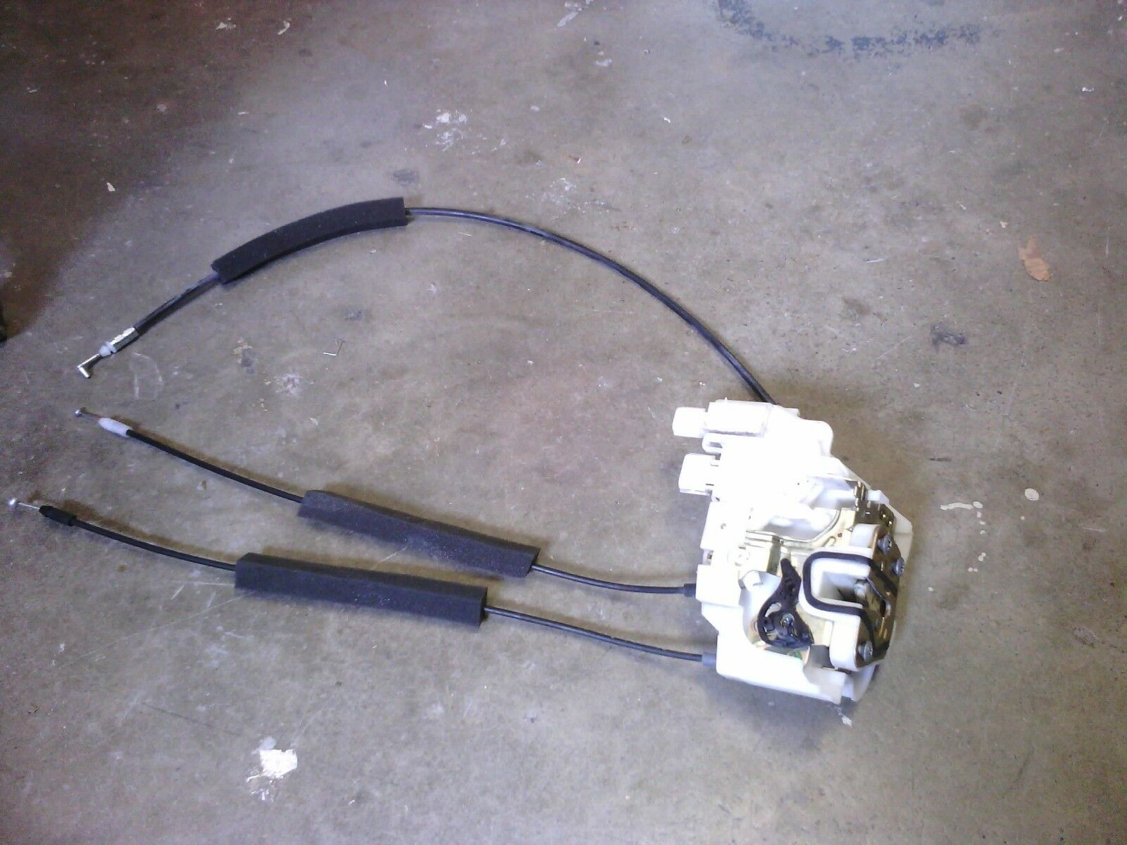 Used Subaru Interior Door Panels And Parts For Sale Page 20 2005 Outback Seat Wiring Oem Latch Actuator 2008 Legacy Lh Rear 61034ag01c 61100ag01a
