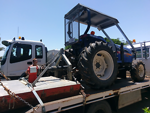 Iseki 5470 tractor slasher with 4 in 1 front end loader. Thornlands Redland Area Preview